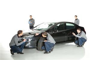 Phí bảo hiểm, thủ tục mua bảo hiểm vật chất thân vỏ toàn bộ xe ô tô